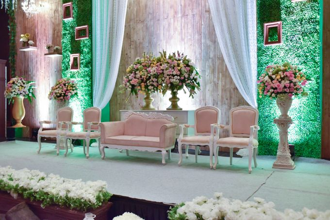The Wedding of Marion & Valerie -Hotel Aryaduta by The Swan Decoration - 004