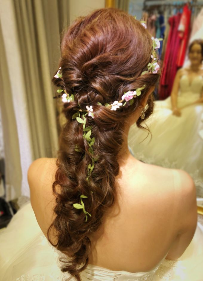 Brides by LING Chia Makeup & Hairstyling - 009