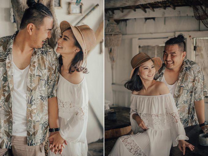 PRE - WEDDING EDWIN & YOMEDIKA BY RIO YAPARI by All Seasons Photo - 023