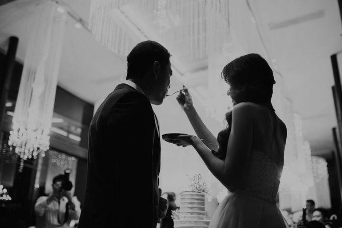 The Wedding of Larrie & Vivienne by BDD Weddings Indonesia - 027