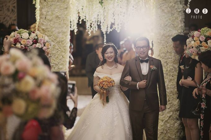 ARIEF & TAMMY HAPPY WEDDING by The Vida Ballroom - 002