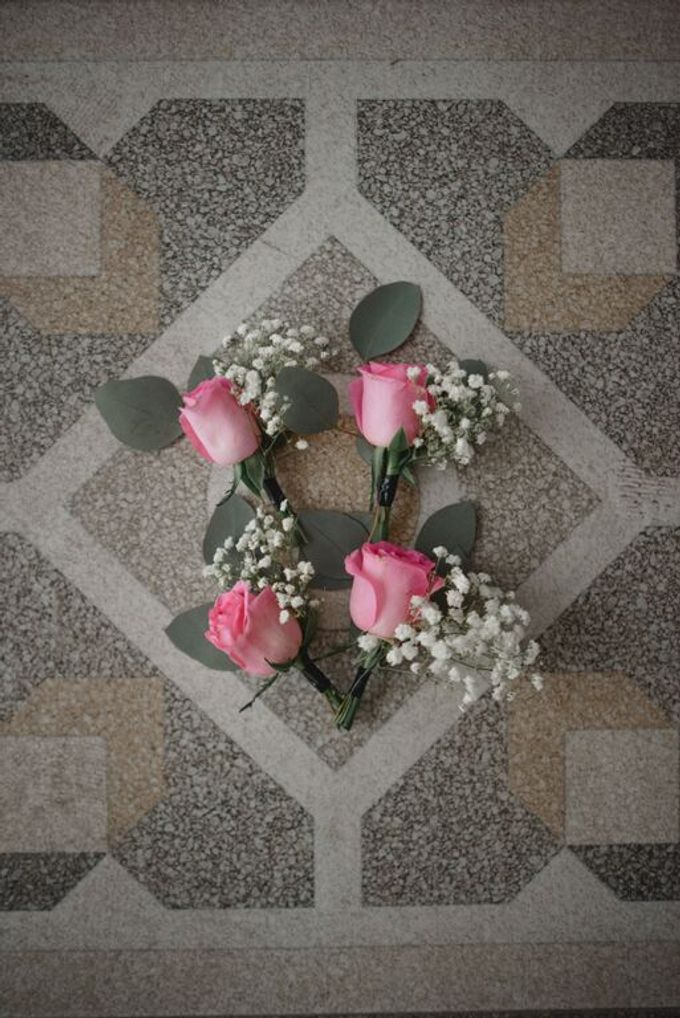 Boutonnieres & Corsage by Catalina Flora - 001