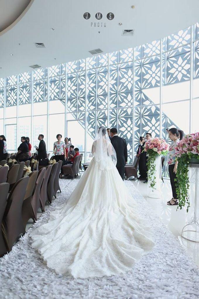 ARIEF & TAMMY HAPPY WEDDING by The Vida Ballroom - 003