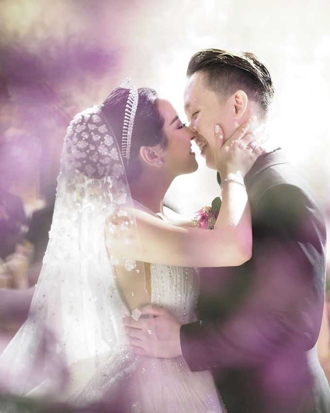 The Wedding of  Yohanes & Cheryl by Ellinorline Gift - 002