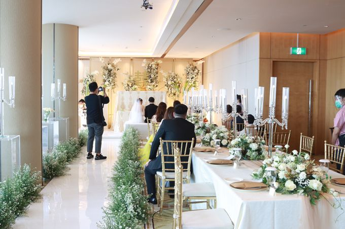 New Normal Entertainment Wedding at Westin Jakarta by Double V Entertainment by Double V Entertainment - 004