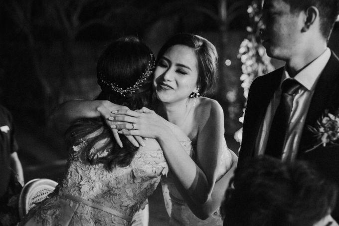 Sisca & Bob Wedding at Sofitel Nusa Dua - Bali by ILUMINEN - 038