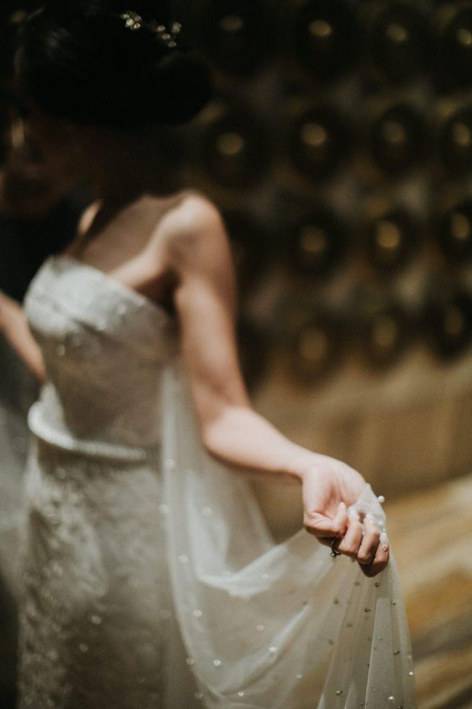 Sisca & Bob Wedding at Sofitel Nusa Dua - Bali by ILUMINEN - 032