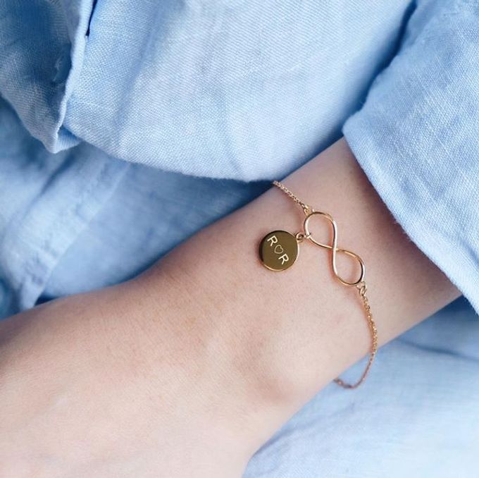 Infinity bracelet with initial by LINCA Jewellery - 001
