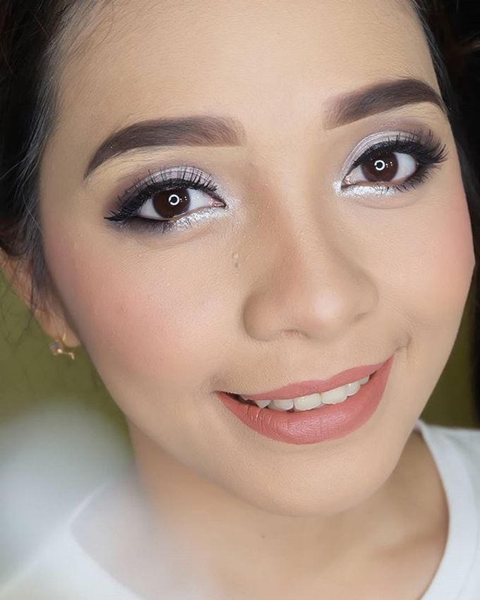 pengantin internasional by White Make Up and Hair Do - 007