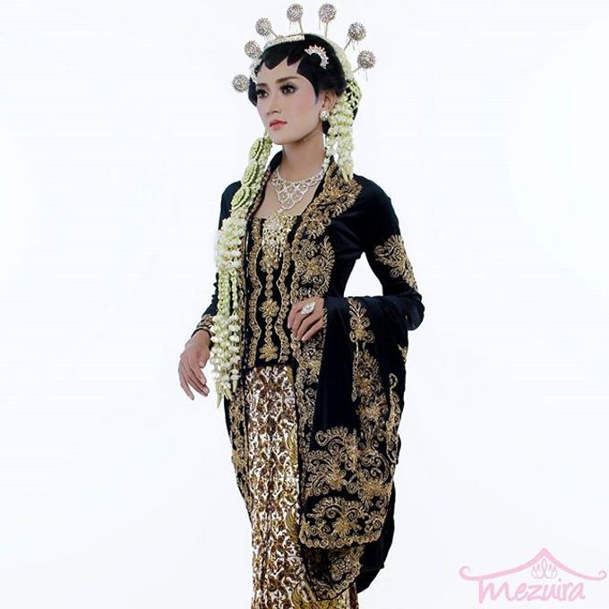Solo Puteri Modifikasi by Mezuira MakeUp & Hijab Style - 003
