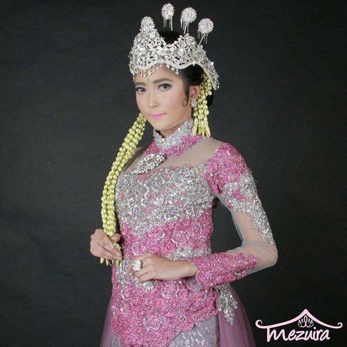 Sunda Siger Modifikasi (Traditional Bridal Makeup) by Mezuira MakeUp & Hijab Style - 004