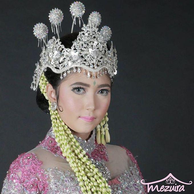 Sunda Siger Modifikasi (Traditional Bridal Makeup) by Mezuira MakeUp & Hijab Style - 001
