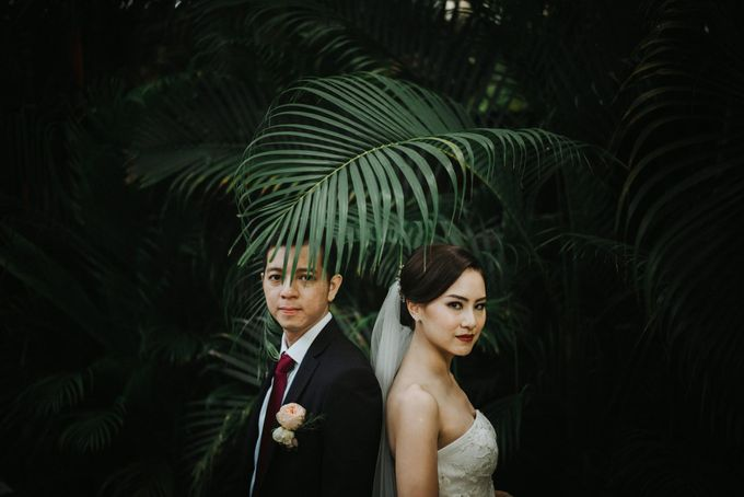 Sisca & Bob Wedding at Sofitel Nusa Dua - Bali by ILUMINEN - 024