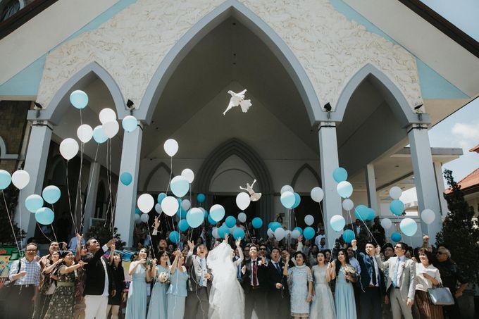 Sisca & Bob Wedding at Sofitel Nusa Dua - Bali by ILUMINEN - 017