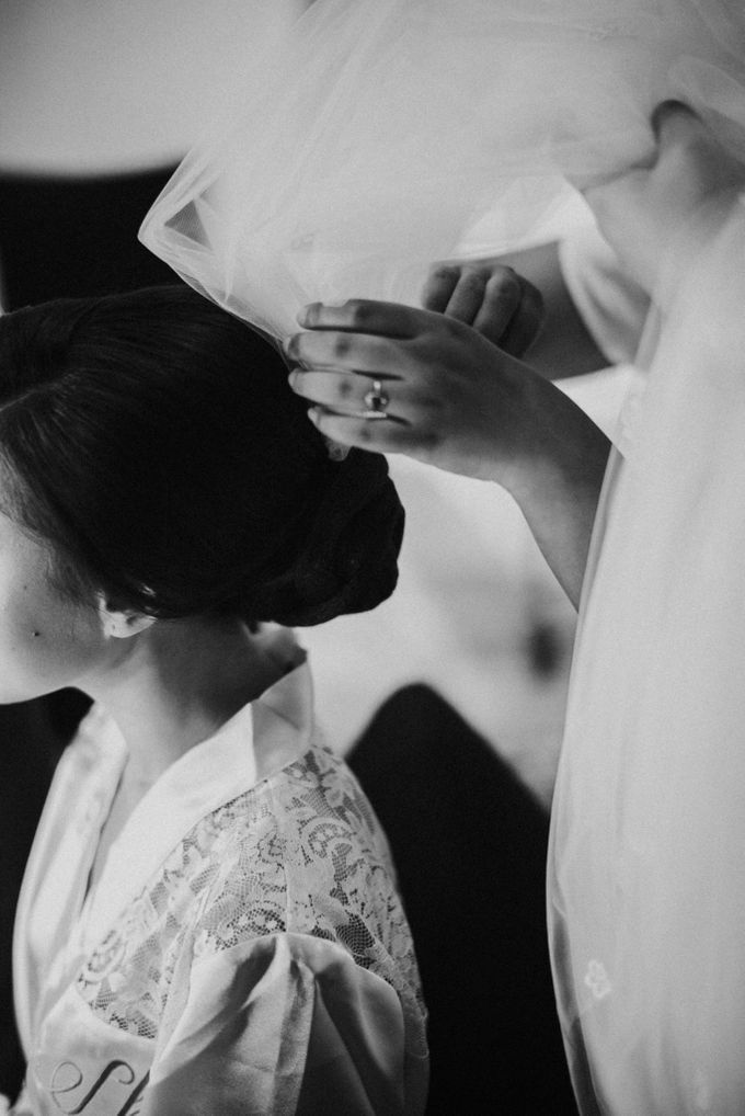Sisca & Bob Wedding at Sofitel Nusa Dua - Bali by ILUMINEN - 005