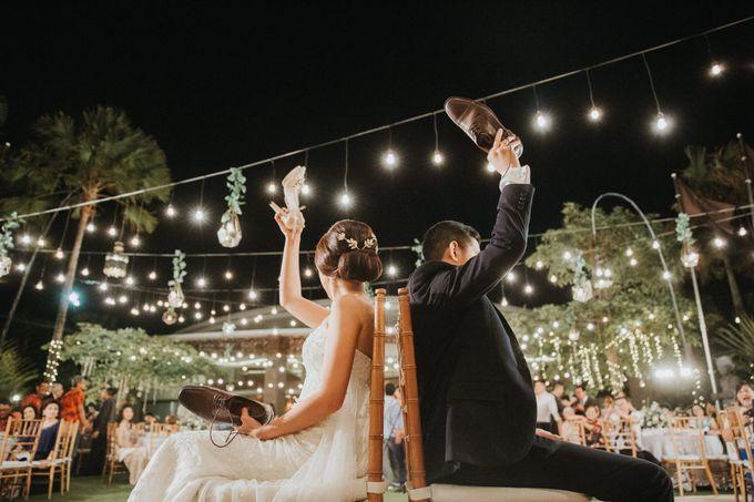 Sisca & Bob Wedding at Sofitel Nusa Dua - Bali by ILUMINEN - 040
