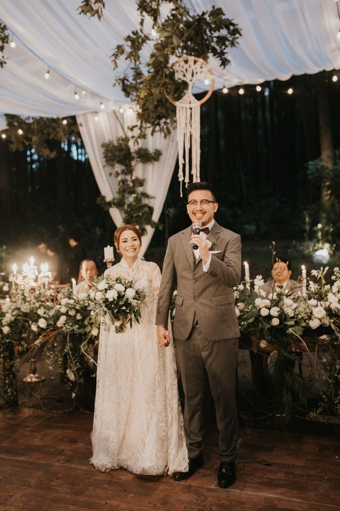 Mega & Alfred Wedding at Gunung Pancar Bogor by ILUMINEN - 033