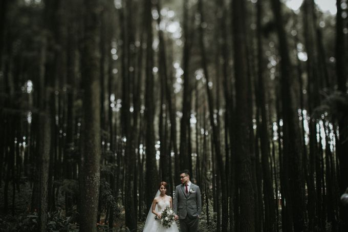 Mega & Alfred Wedding at Gunung Pancar Bogor by ILUMINEN - 023