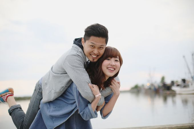 Engagement shoot at Steveston Richmond by Rebecca Ou Photography - 027