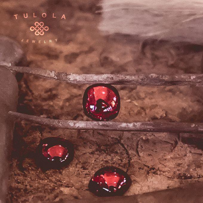 Merakit Mimpimu Signature Collection by Tulola - 012