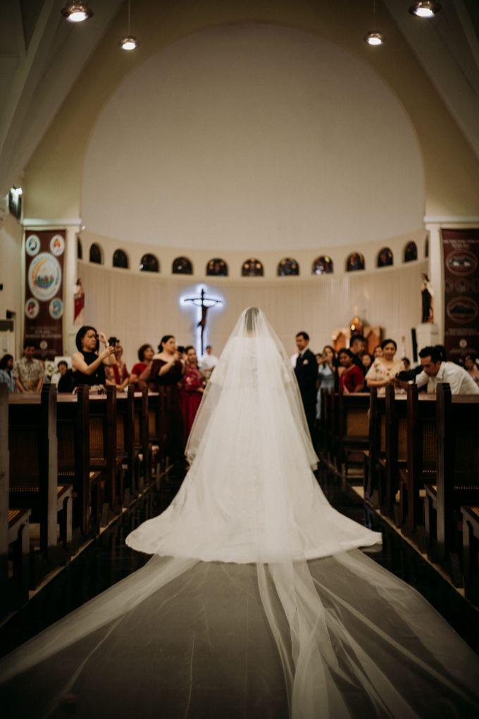 Nicole & Daniel Wedding at Menara Imperium by AKSA Creative - 025