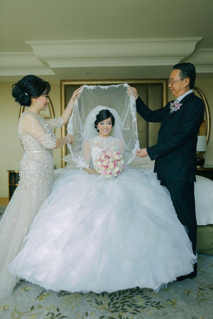 Maurice & Natasya Jakarta Wedding by Ian Vins - 011