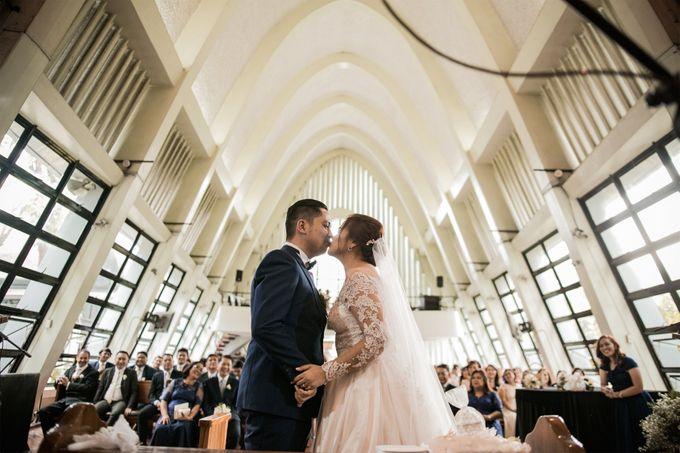 UP Bahay ng Alumni Wedding Reception by Ingrid Nieto - 005