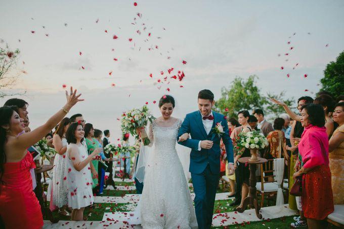 RUSTIC WEDDING DAVID AND JOICE IN SKY AYANA BALI by W organizer - 045