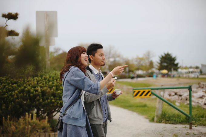 Engagement shoot at Steveston Richmond by Rebecca Ou Photography - 028