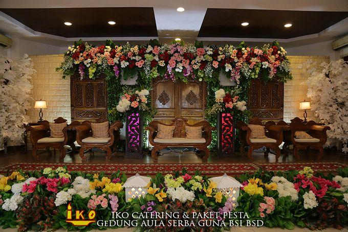 Dekorasi Pelaminan by IKO Catering Service dan Paket Pernikahan - 048