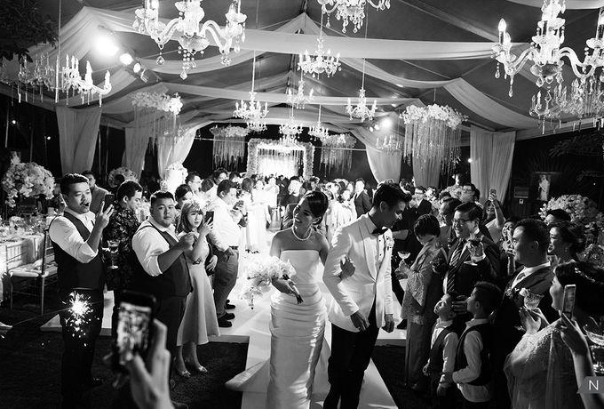 Dion Wiyoko & Fiona Wedding by Djampiro Band Bali - 030