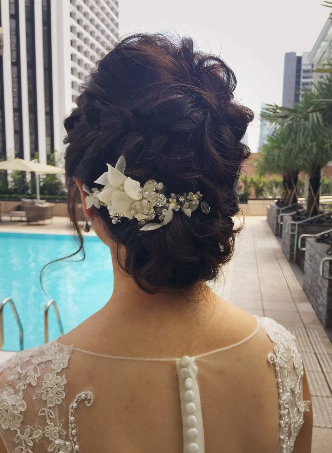 Brides by LING Chia Makeup & Hairstyling - 010