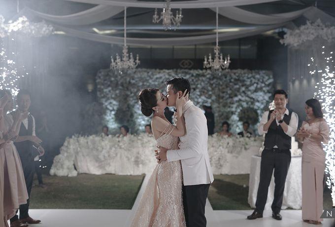 Dion Wiyoko & Fiona Wedding by Djampiro Band Bali - 031