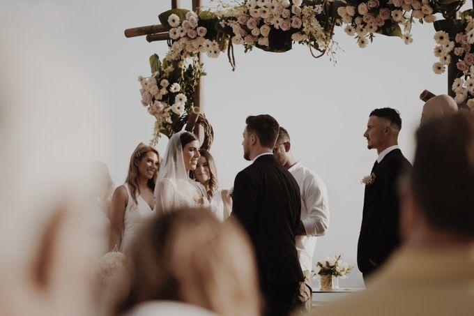 Mindy & Cameron Wedding at W Hotel Bali by AKSA Creative - 029
