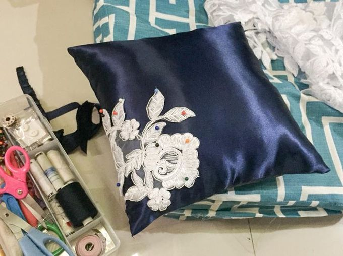 Midnight Blue Wedding Pillows by La Bella - 002