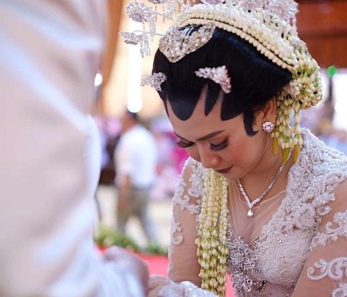 Anggita Luthfi CHANDIRA WEDDING PACKAGE by Thepotomoto Photography - 011