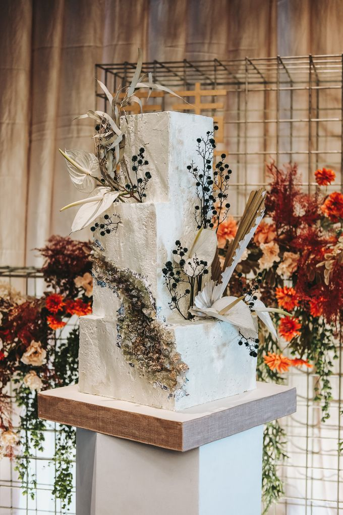 This Wedding is made intimate but not just that, every single details made personal to the bride and groom. In the midst of the pandemic, we understan by KAIA Cakes & Co. - 027