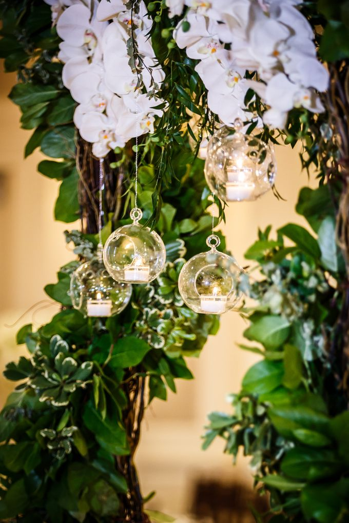 An enchanted Garden with a touch of modern glam by Flowers by Amore - 019
