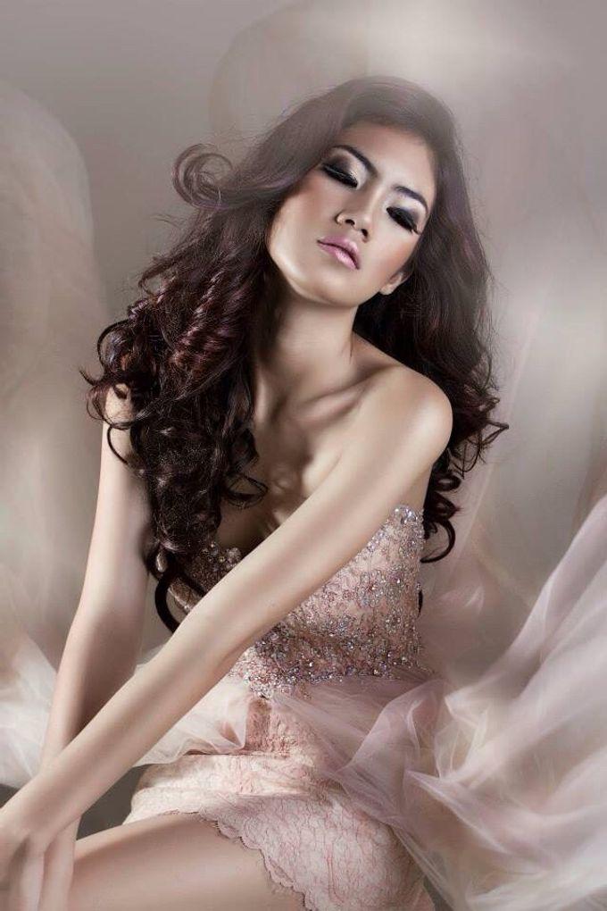 Makeup & Hairdo by me by VERONIKA VIDYANITA - 001