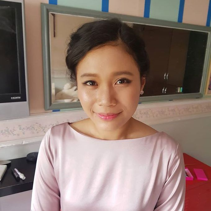 Bridal makeup by Jinnie Lee Korean Makeup & Hair - 002