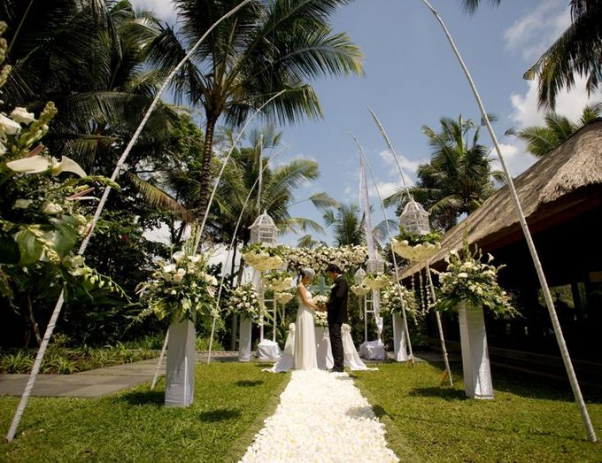 kayumanis ubud-wedding ceremony- in villa by Kayumanis Private Villa and Spa - 001