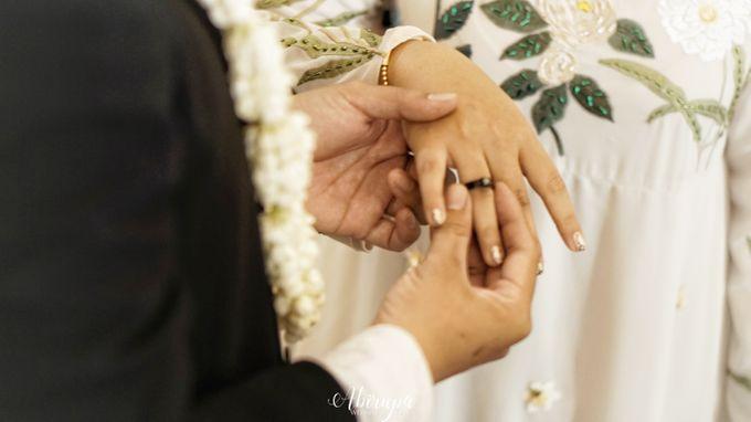 Poolside Wedding Party of Elvira & Irfan by Abirupa Wedding Planner - 009