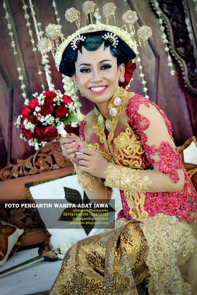 Pernikahan Adat Jawa by Jalutajam Photoworks - 016