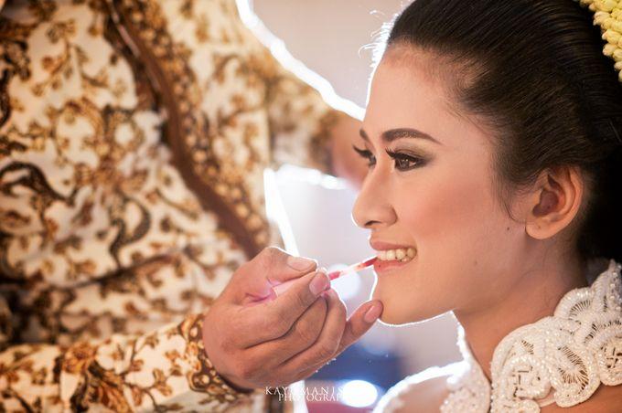 Gessa And Adjie Wedding Ceremony by D&D Professional Make Up Artist & Kebaya By Dindin Nurdiansyah - 002