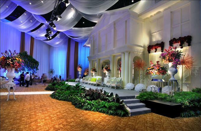 Beautiful Wedding Light of Nurina & Kenny by Etcetera Lighting - 005