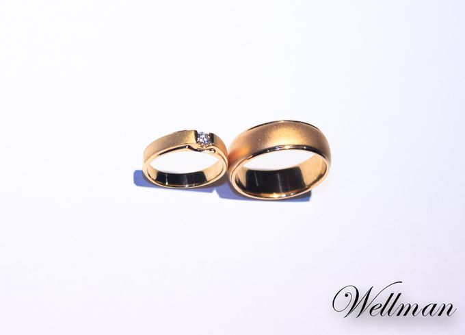 add to board custom yellow gold wedding ring for dr anisha by wellman jewelry 001 - Dr Who Wedding Ring