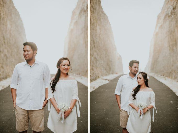 Add To Board Dhika Riri Casual Engagement Session At Melasti Beach By Samatha Photography