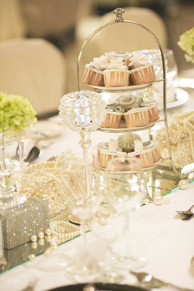 Classic White Wedding by Spring Cottage - 004