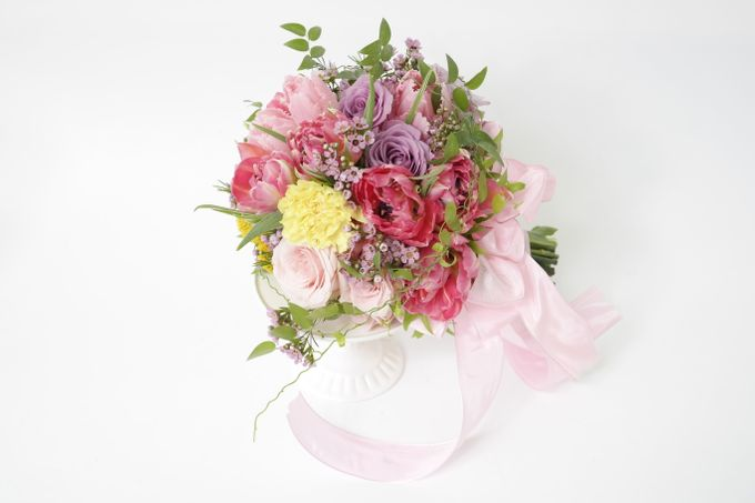 Wedding Bouquet by Hana Flower Boutique by Hana Flower Boutique - 007