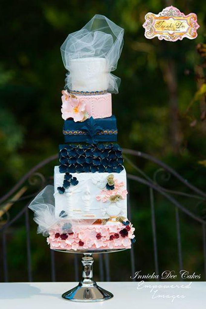 Wedding Cakes by Innicka Dee Cakes - 002